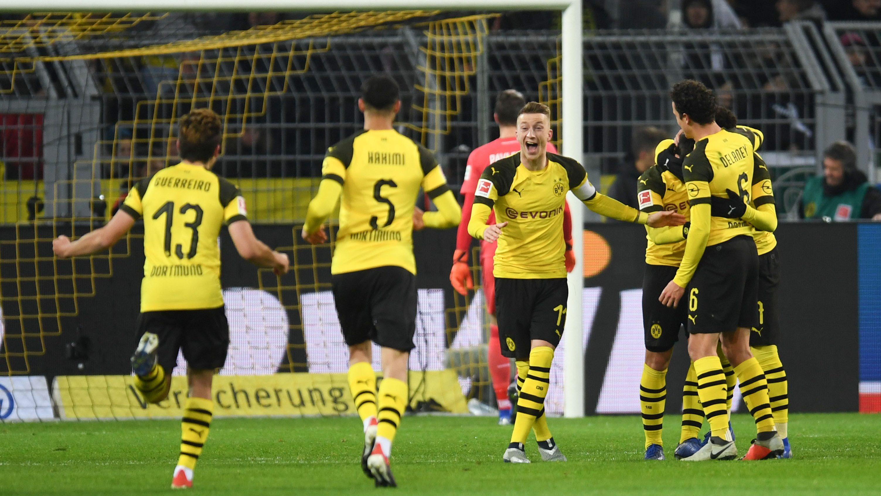 Alcacer and Reus on target as Dortmund down Bremen