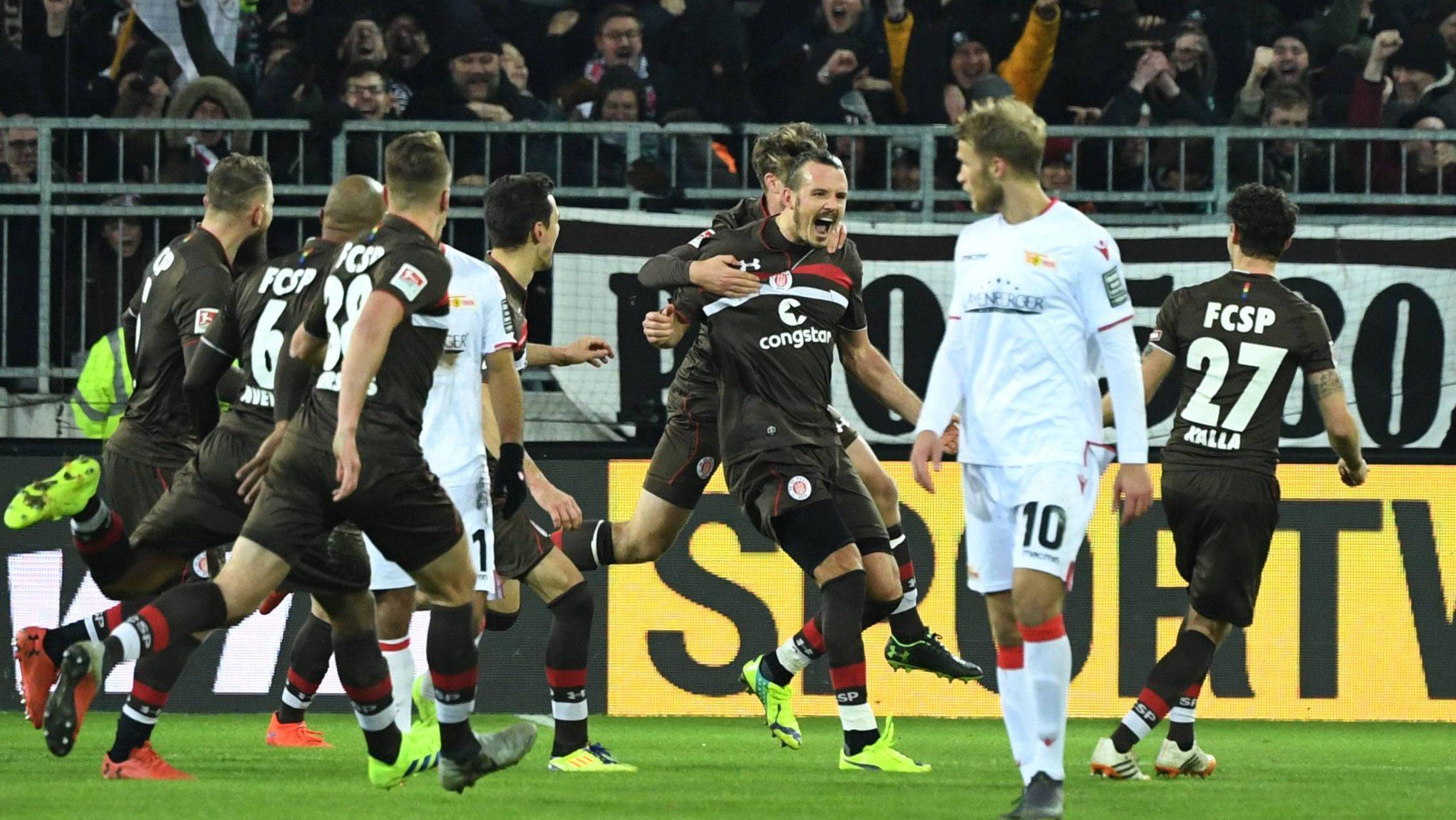 """Alex Meier jetzt auch """"Fußballgott"""" bei St. Pauli"""