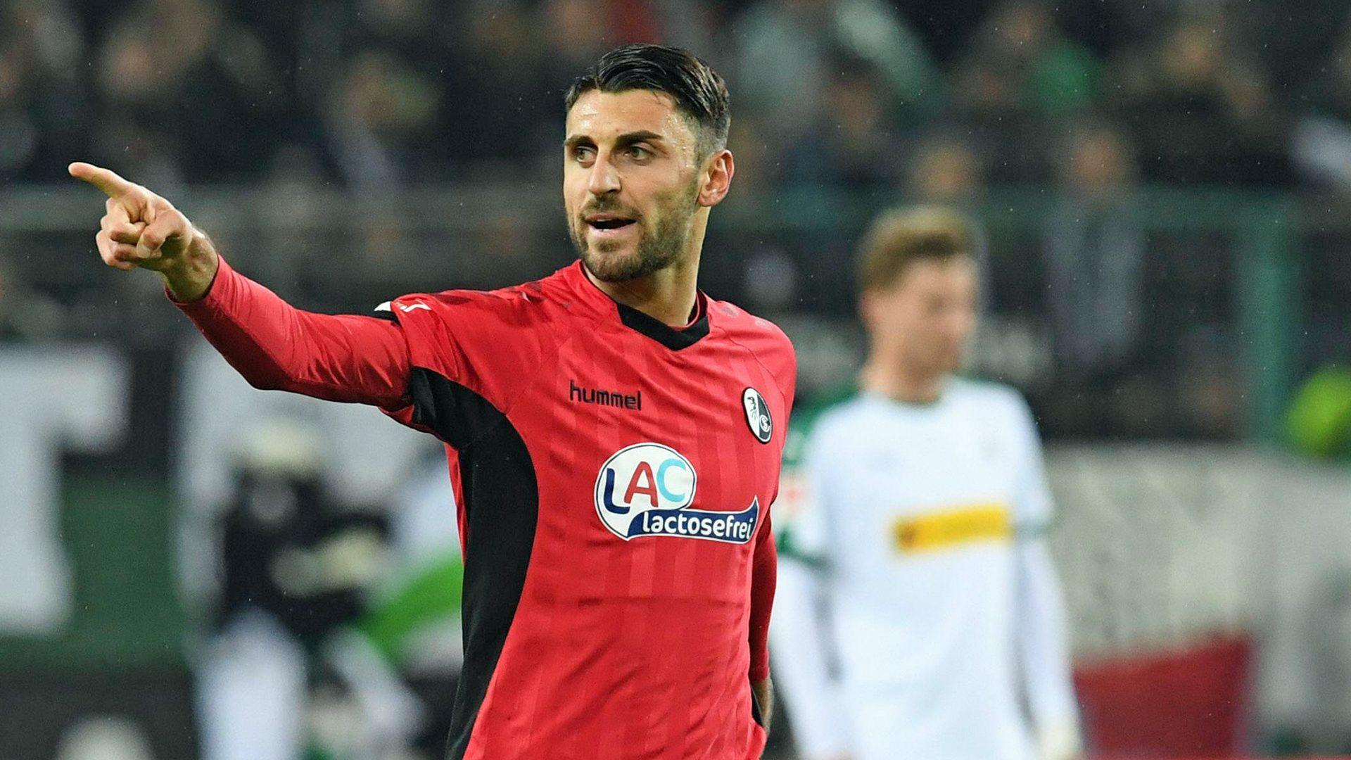 Grifo helps Freiburg frustrate Gladbach