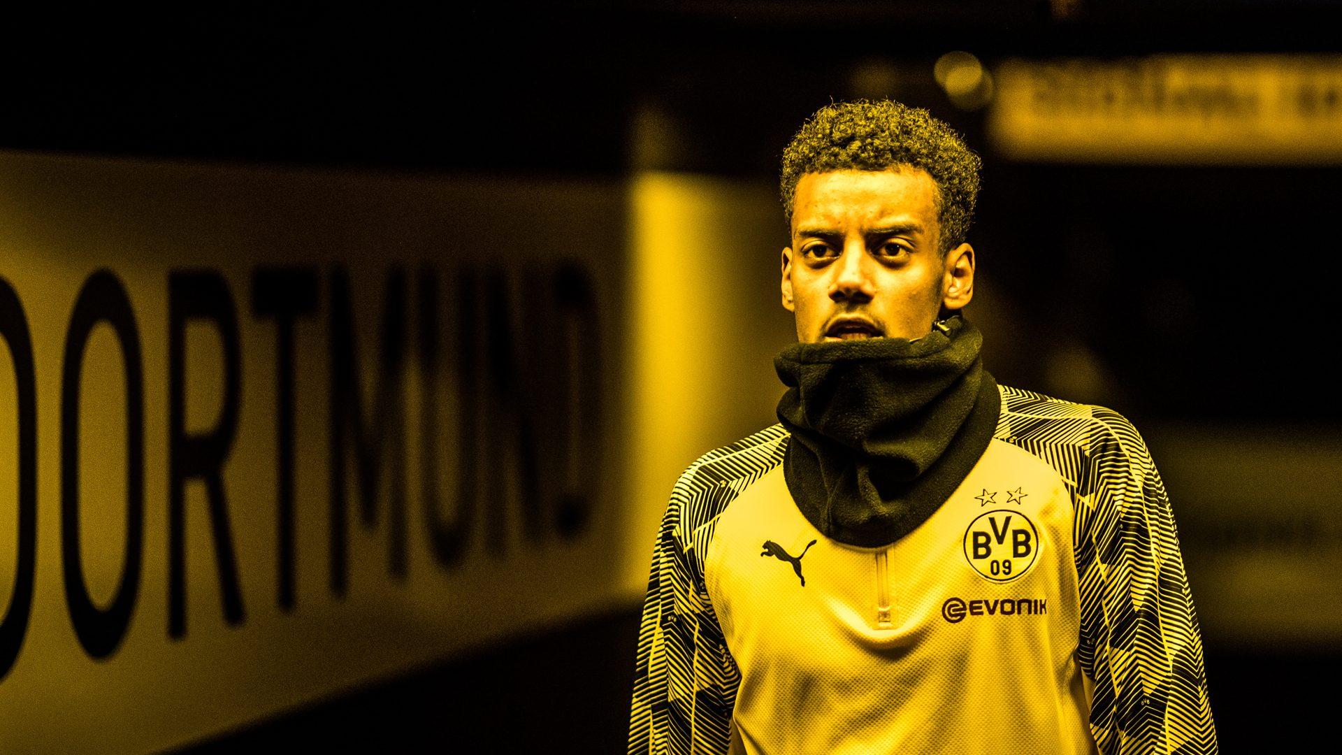 Bundesliga | Alexander Isak: Is the teenage Sweden striker Borussia  Dortmund's next great No.9?