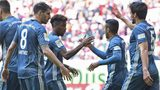 Coman brace lifts Bayern back to the top