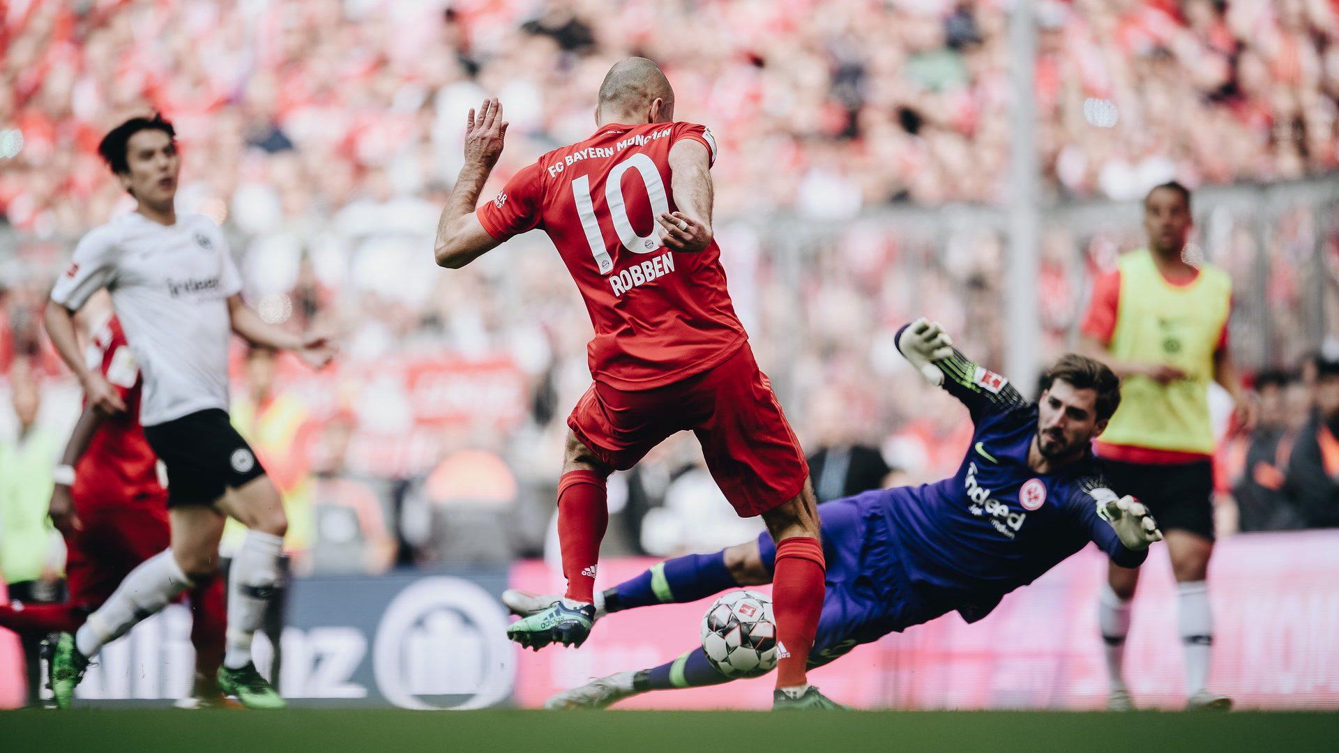 5:1 gegen Frankfurt: Bayern schnappt sich den Titel