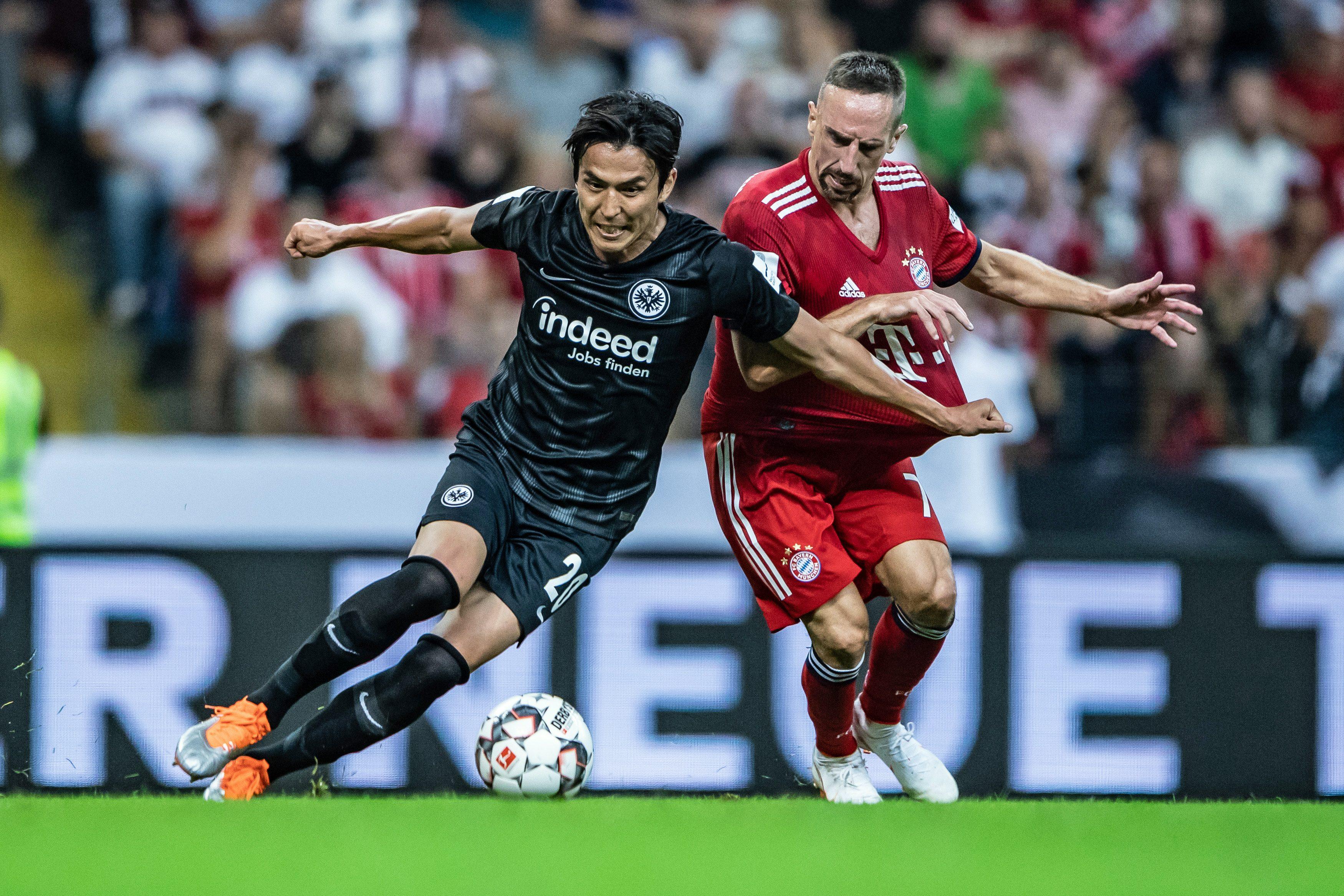 Bayern Munich vs Frankfurt: Phá bỏ lời nguyền