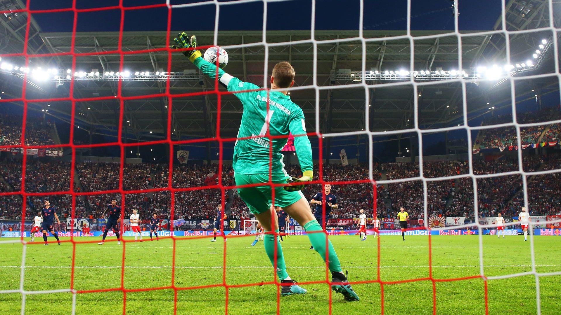 "Manuel Neuer hält wieder ""Unhaltbare"""