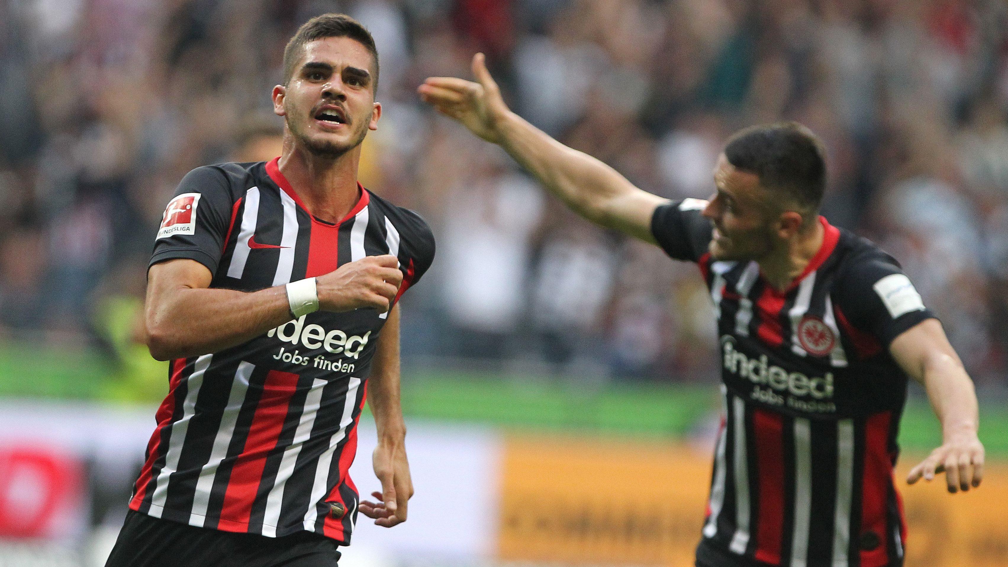 Silva scores maiden goal in dramatic Dortmund draw