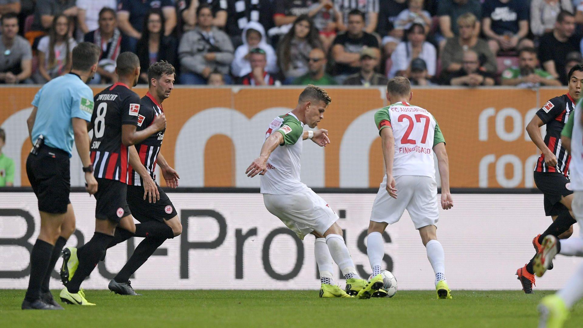 Der FC Augsburg zwingt Frankfurt in die Knie