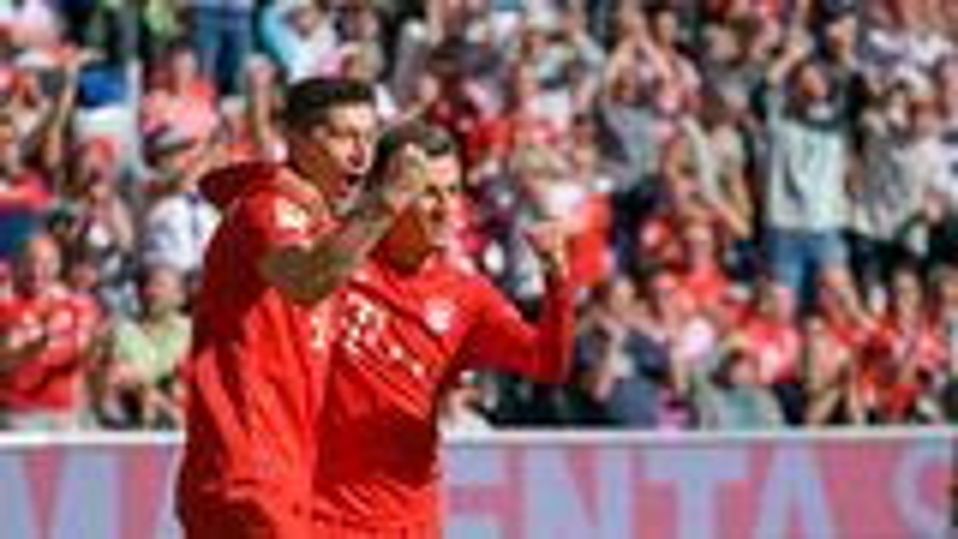 Lewandowski and Coutinho fire Bayern past Cologne