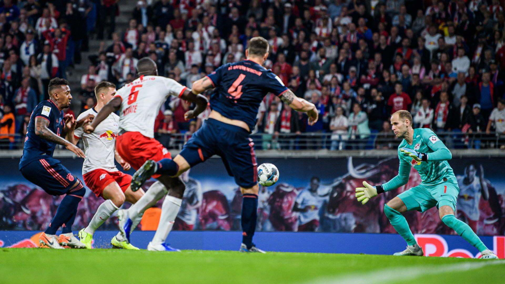 Umkämpftes Spitzenspiel zwischen Leipzig und Bayern