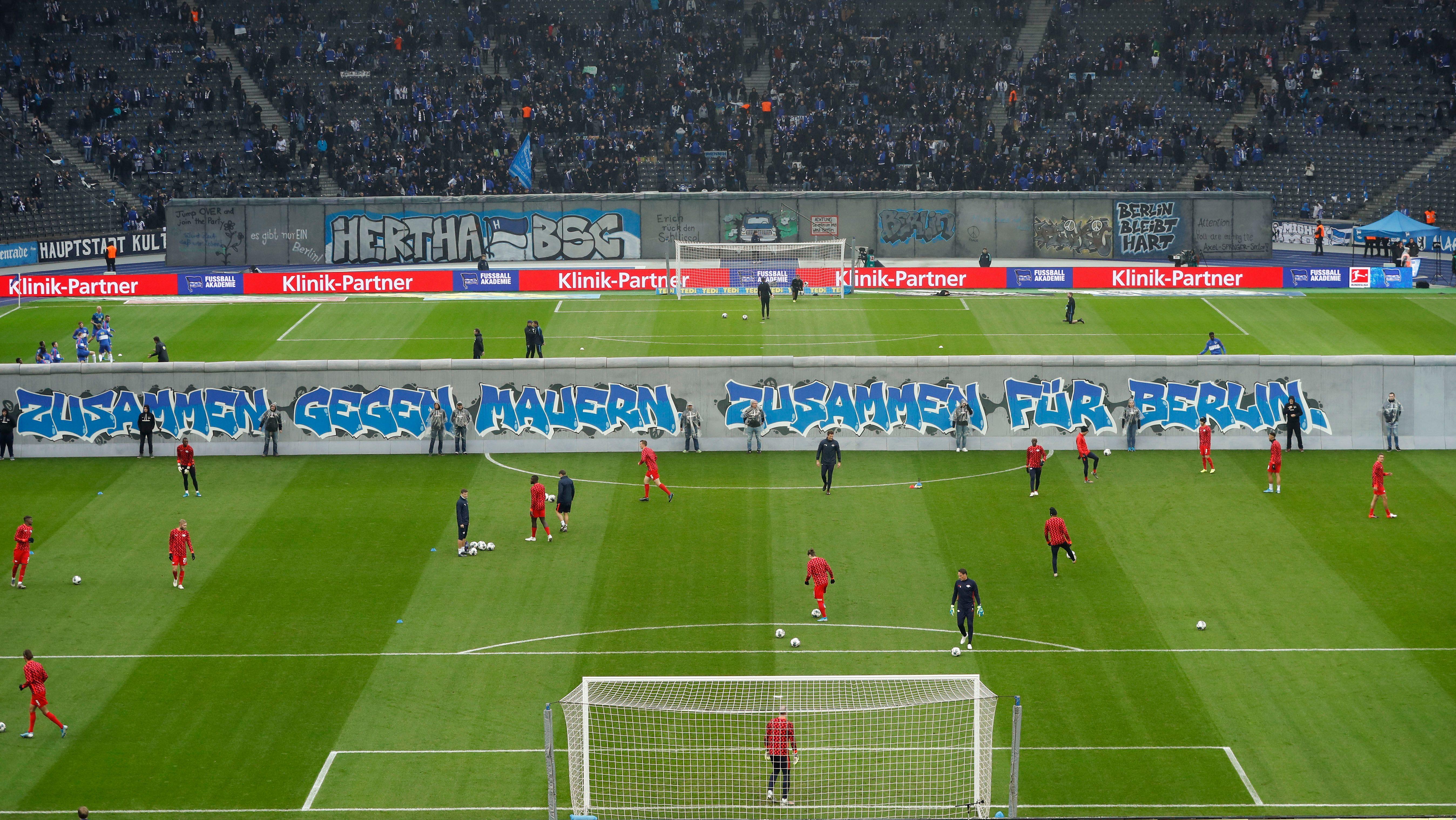Hertha BSC feiert 30 Jahre Mauerfall