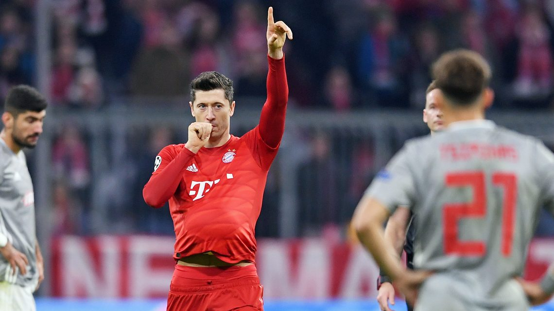Bundesliga Robert Lewandowski On Target Again As Bayern Munich Down Olympiacos To Reach Uefa Champions League Last 16