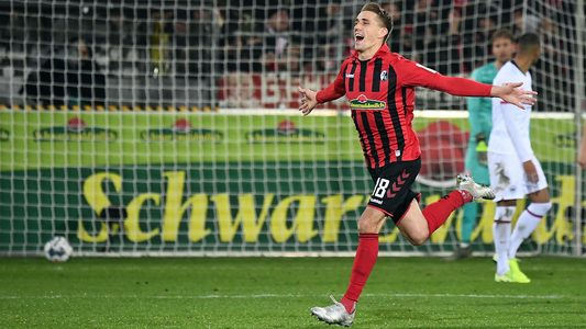 Freiburg gewinnt emotionales Spiel gegen Frankfurt - Bundesliga.de