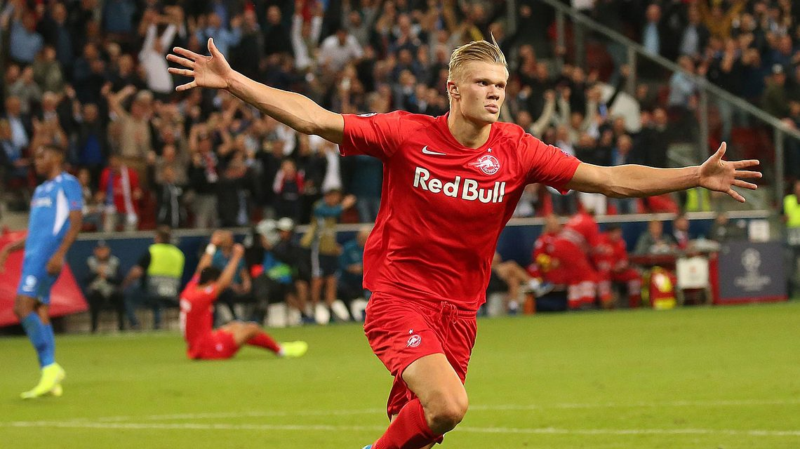Bundesliga Erling Haaland Who Is The New Borussia Dortmund Striker Drawing Comparisons With Zlatan Ibrahimovic