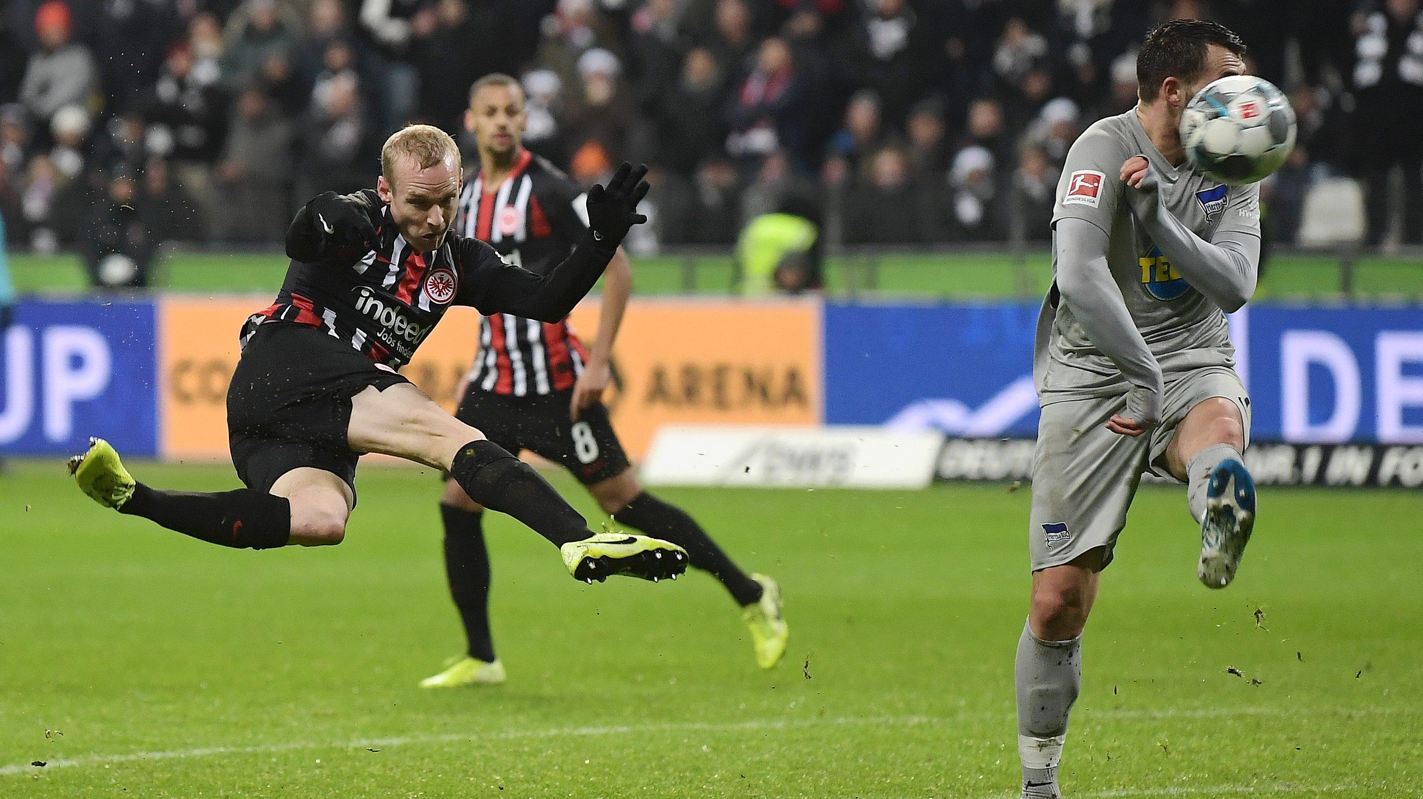 Eagles strike back to deny Klinsmann first Hertha win