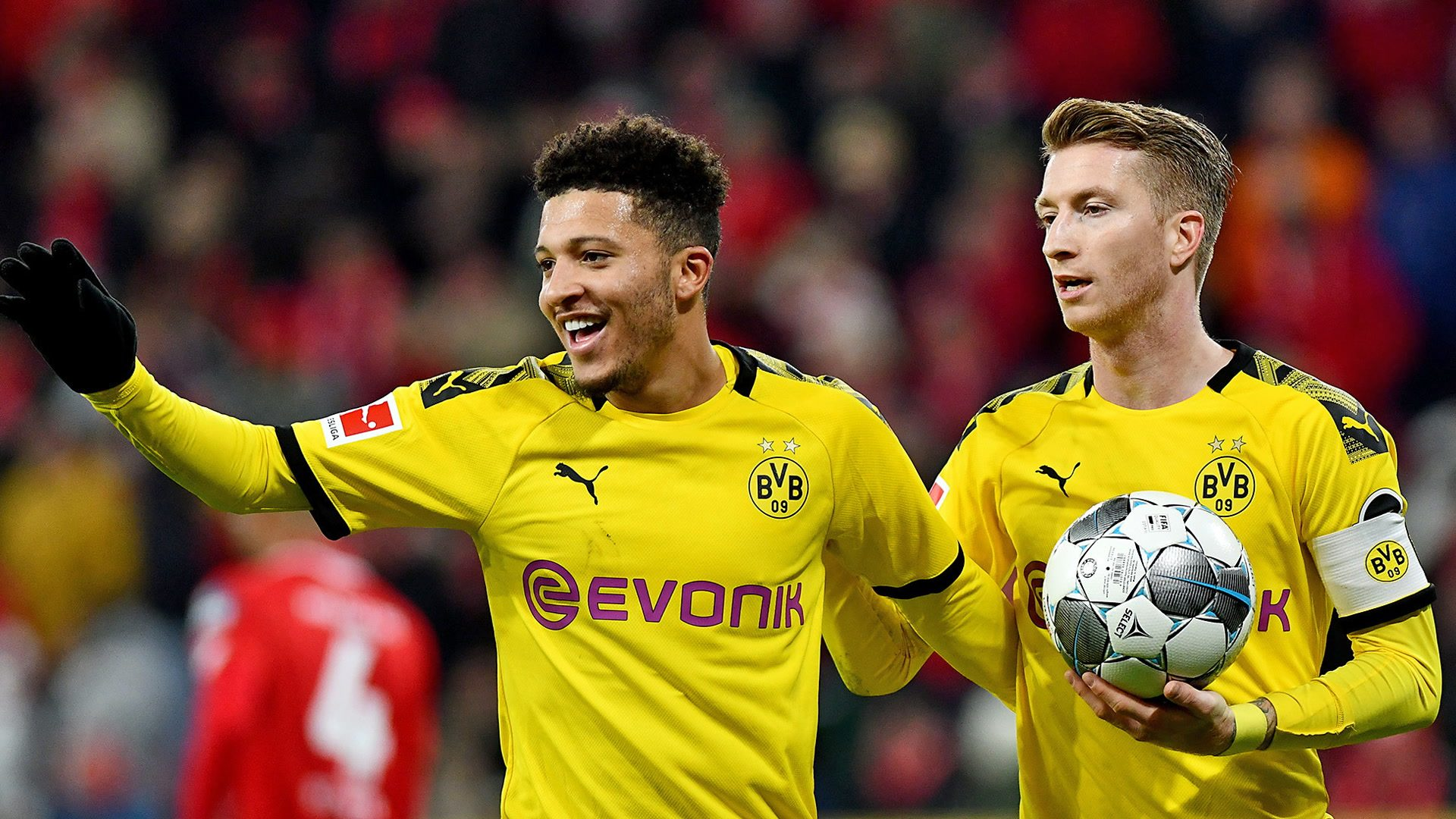 Bundesliga Marco Reus Jadon Sancho Thorgan Hazard And Nico Schulz Fire Borussia Dortmund Past Mainz