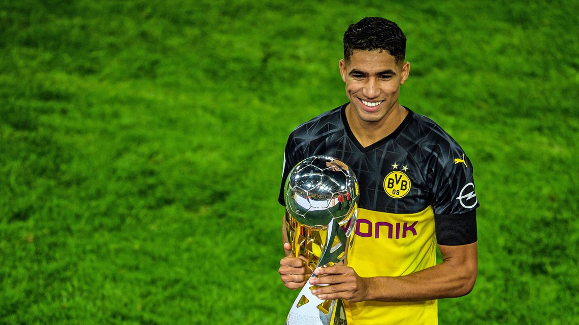 Bundesliga Borussia Dortmund S Achraf Hakimi Wins 2019 African Youth Player Of The Year Award