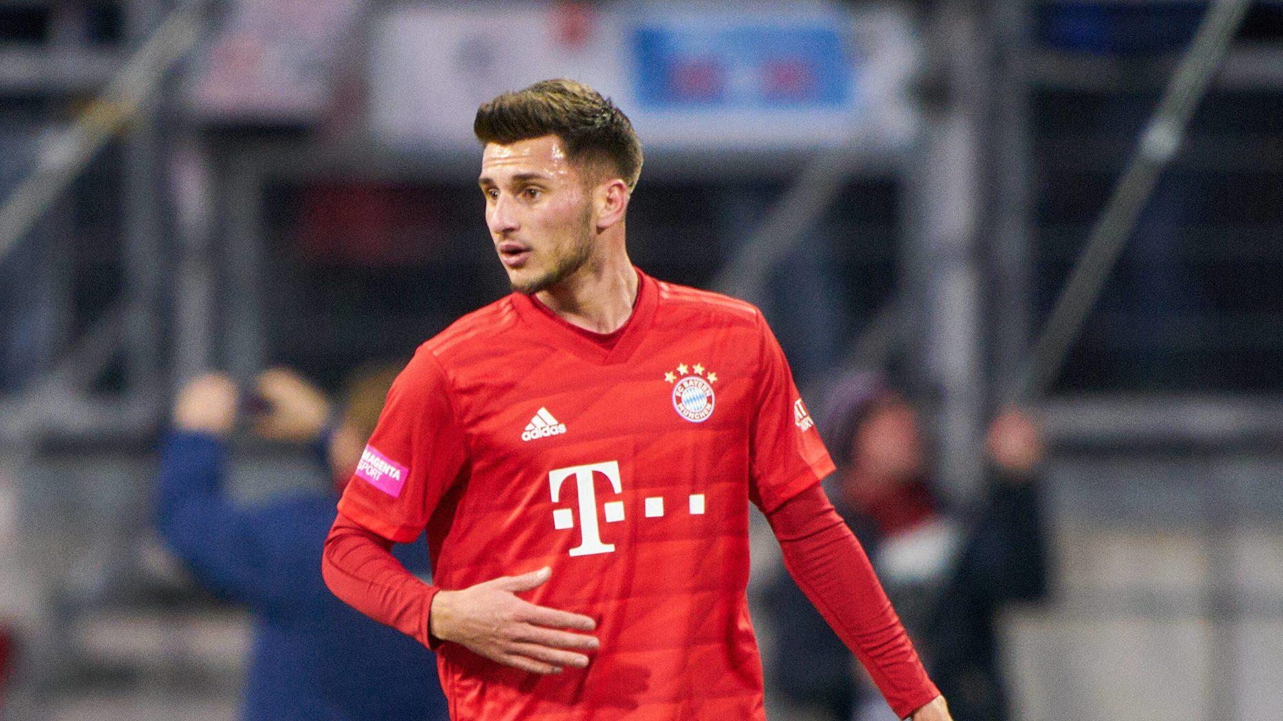 Futbollisti i Bayernit lutet për të lënduarit nga shpërthimi në Ferizaj