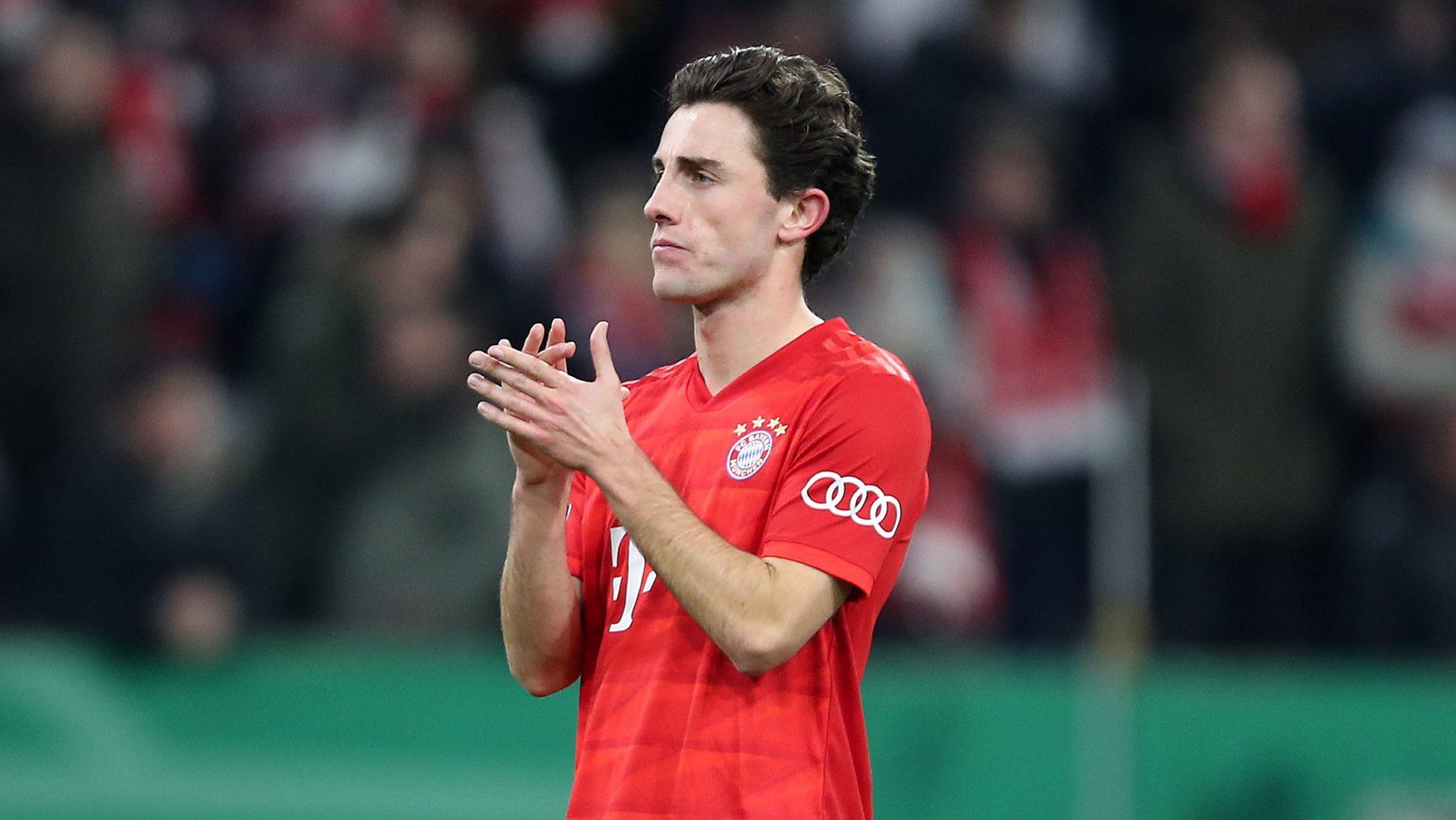 Bundesliga   PERFIL: ¿Quién es Álvaro Odriozola, el nuevo lateral ...