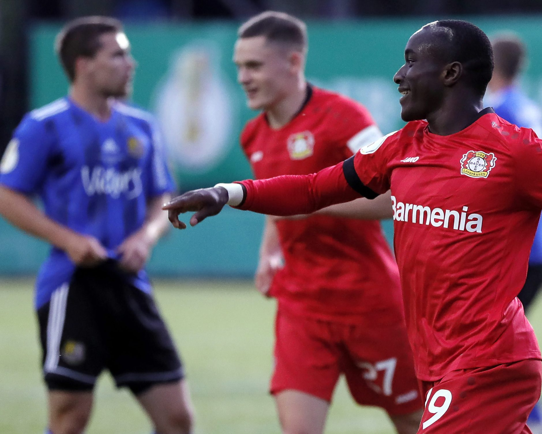 Bundesliga Bayer Leverkusen Ease Past Saarbrücken To Book Dfb Cup Final Spot