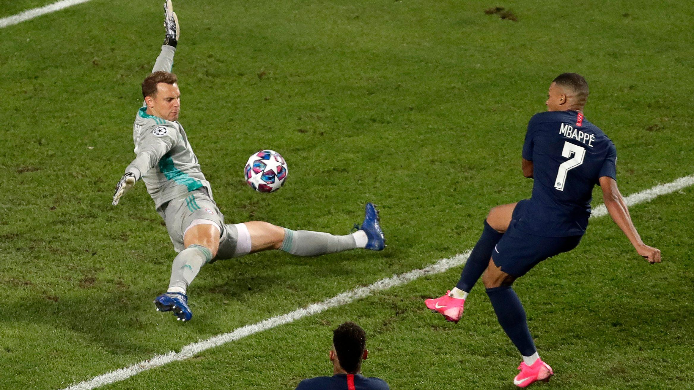 Manuel Neuer Schießt Tor