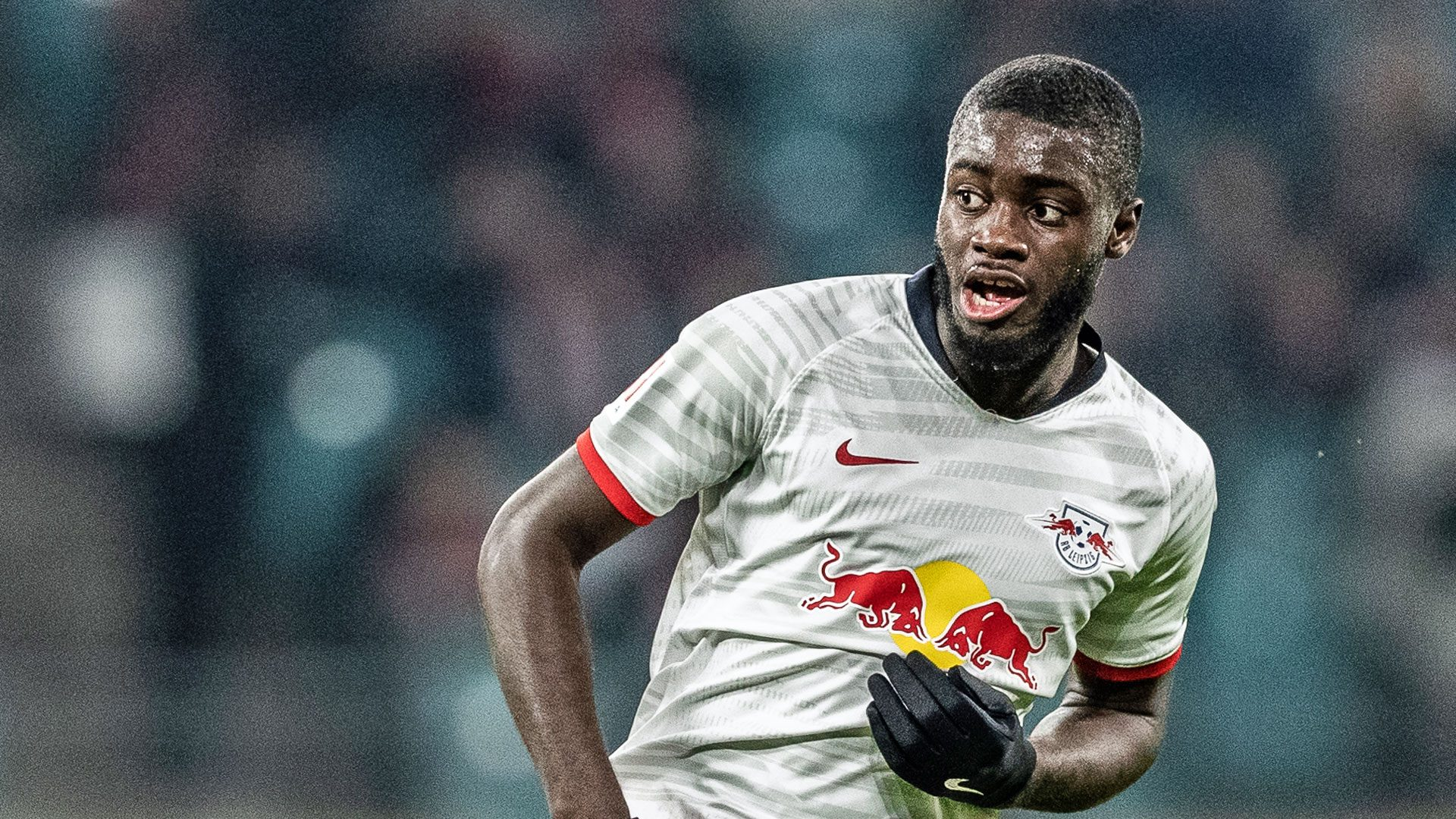 number 7 in the list of world's top 10 centre backs in 2020 is Upamecano
