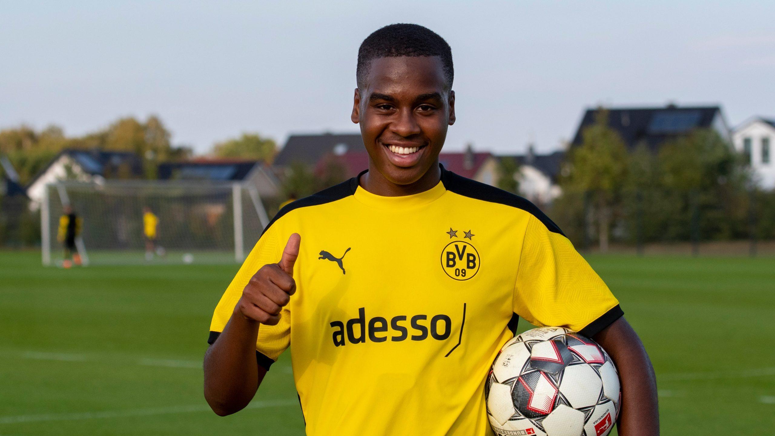 Bundesliga | Borussia Dortmund sign Manchester City teenager Jamie  Bynoe-Gittens