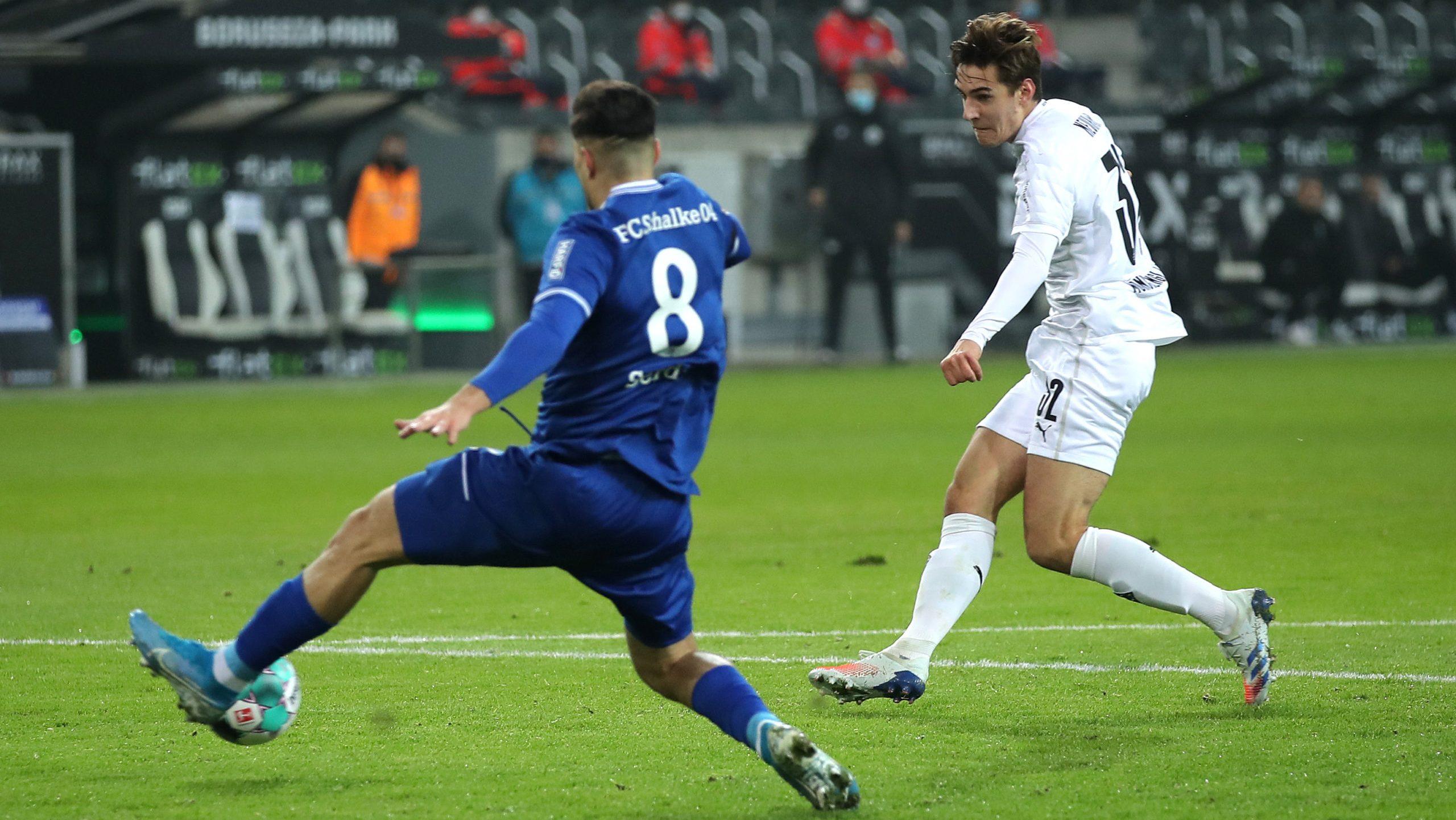 Gladbach feiert einen 4:1-Sieg gegen Schalke 04