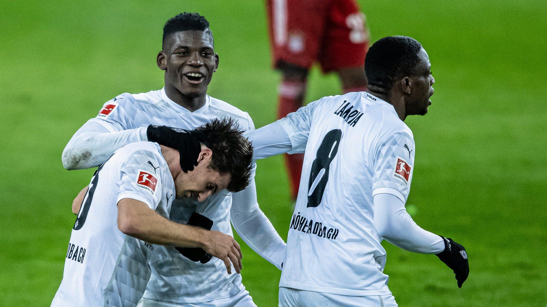 Stunning Gladbach comeback seals dramatic win over Bayern