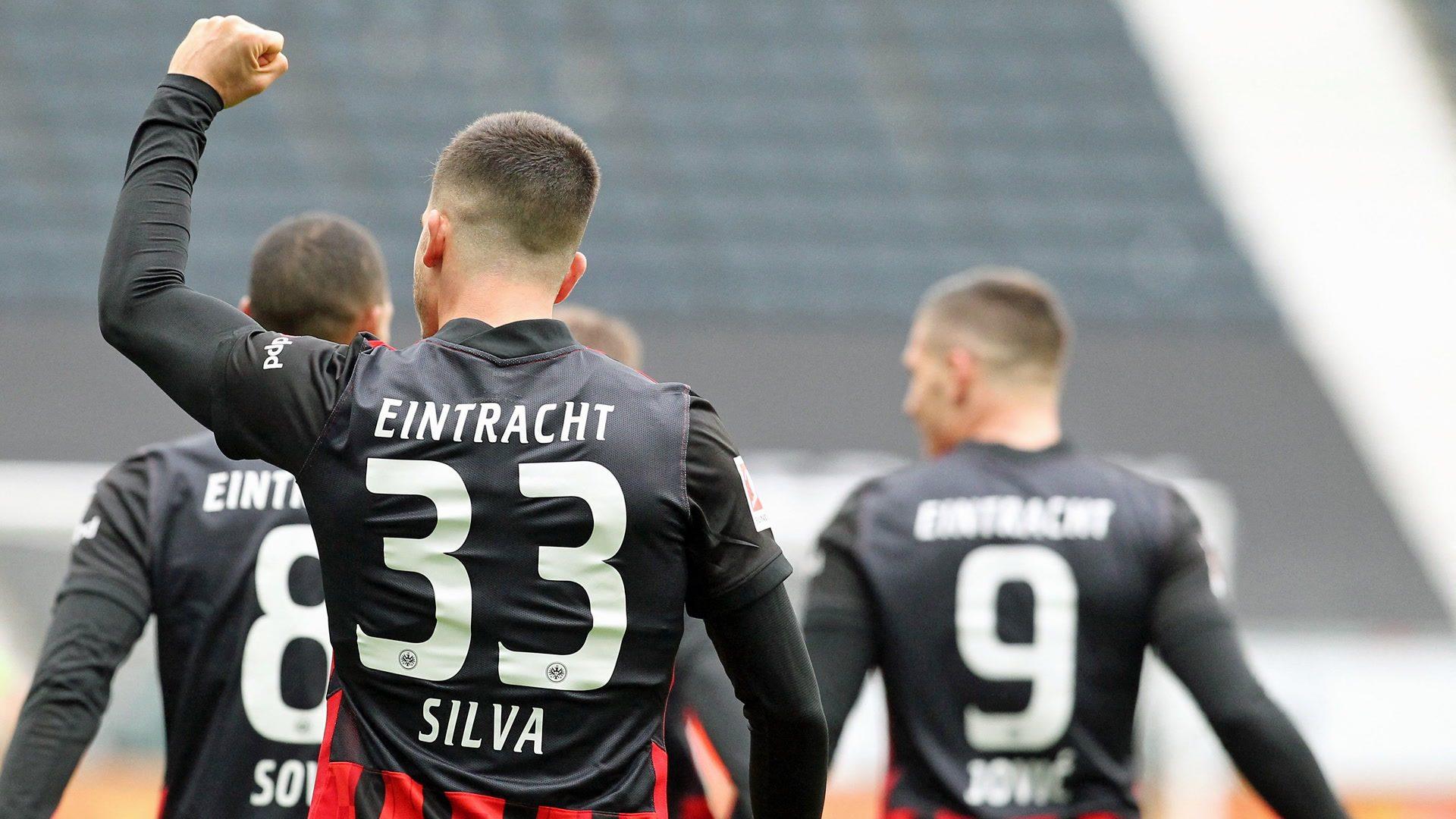 Silva shines in seven-goal thriller with Wolfsburg