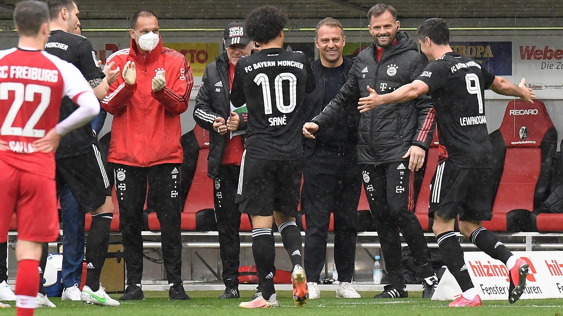 Lewandowski makes history in Freiburg