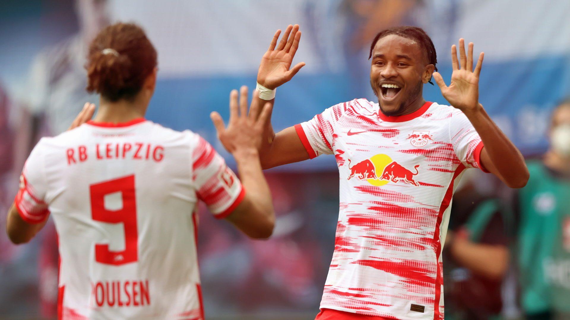 Nkunku stars for six-goal Leipzig