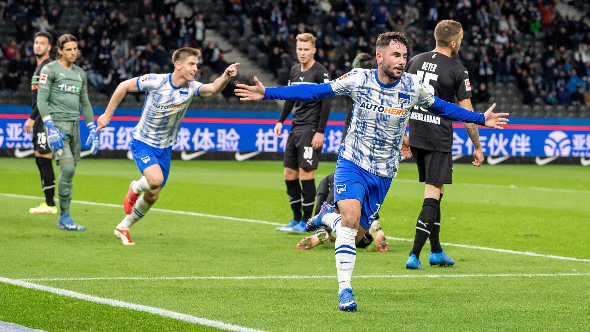 Richter strike fires Hertha to win over Gladbach